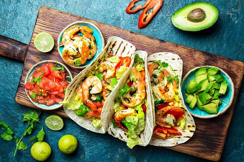 mexikanisches Essen - Tacos mit Shrimps