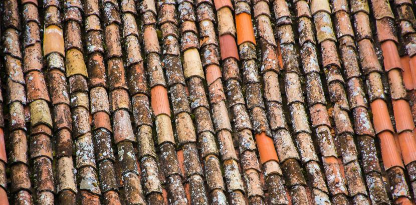 Dachdeckerei Wien: ein altes Dach.