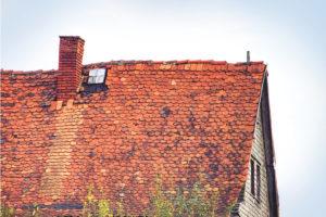 altes Dach neu decken lassen