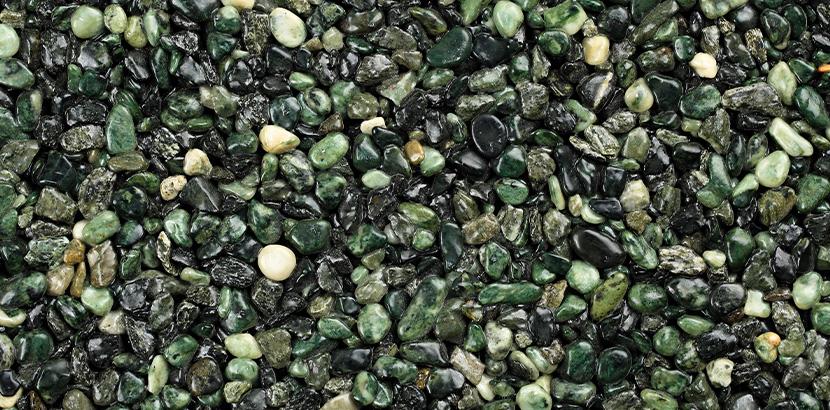 grüner Natursteinteppich