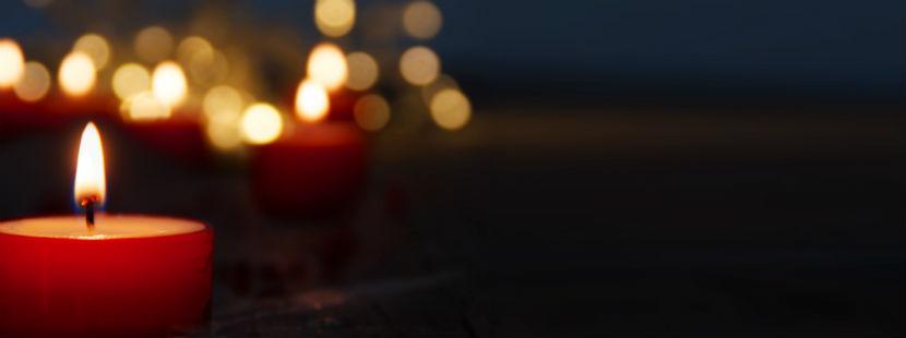 Sternenkinder: brennende Kerzen