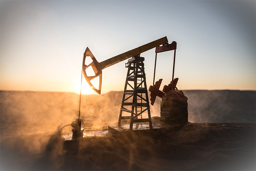 Kohlekraftwerk bei Sonnenuntergang. Raus aus Öl.