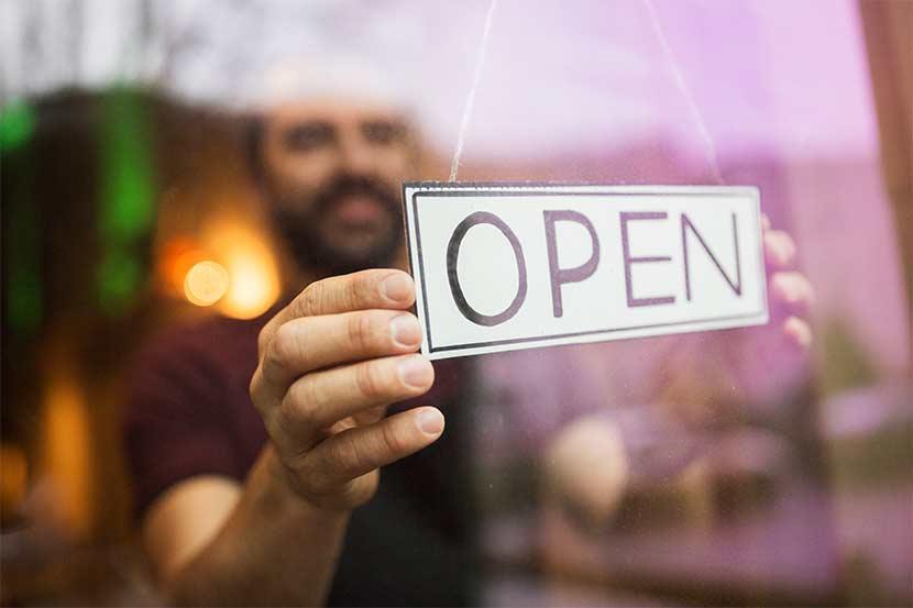 KMU, der durch SEO besser von seinen Kunden gefunden wird.