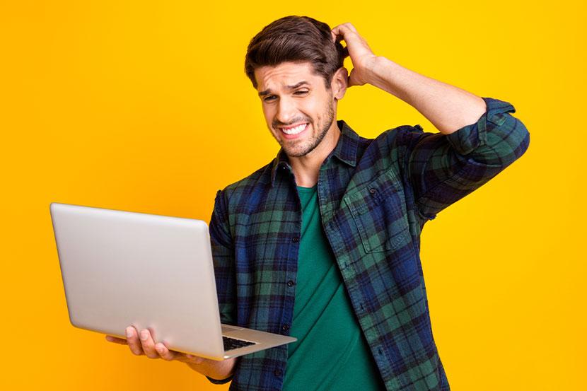 Nutzer ist verwundert über Probleme auf KMU Seite im Internet.