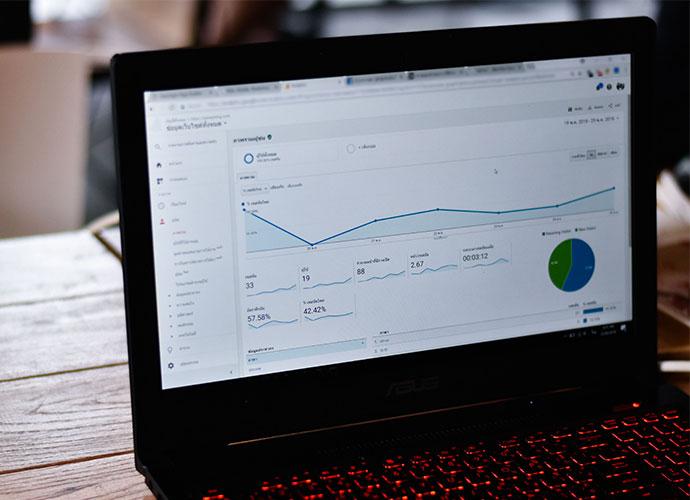 Google Analytics auf PC Desktop.