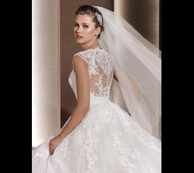 Große Auswahl an Brautkleidern