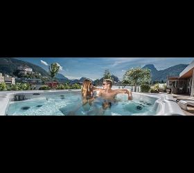 Wellnessbäder Whirlpools Wellnessanlagen Poolüberdachung Schwimmbeckenüberdachung