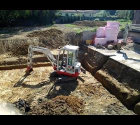 Erdarbeiten Aushübe Kleinbaggerungen Baggerarbeiten Schwimmbeckenaushübe Teichgräber