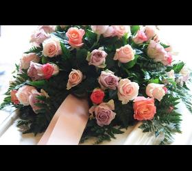 Blumen und Grabpflege