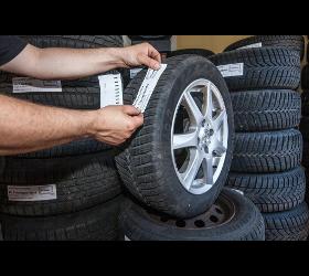 Reifendepot mit Reifenwäsche