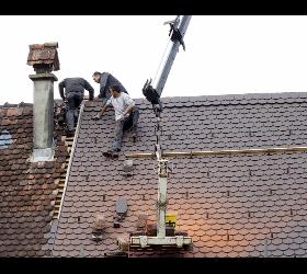 Dach und Fassaden – Reparatur und Servicearbeiten
