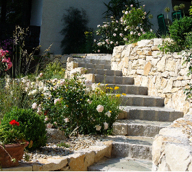 Steinmauern / -wege