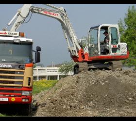 Bösch Erdbewegung Bagger / Radlader