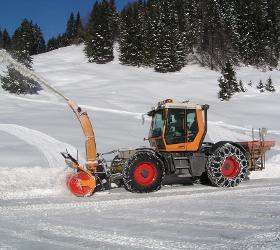 Bösch Winterdienst Schneeräumung