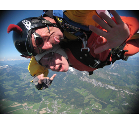 Tandem Fallschirmspringen Sommer