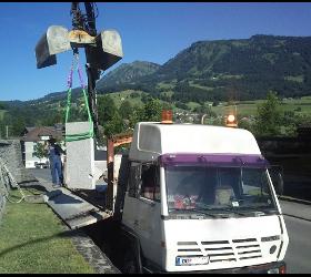 Transport Aushub Kranarbeit Pflaster Vorbereitung und Zustellung Erdbau Transportunternehmen Kran