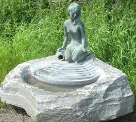 Natursteinbrunnen Gartenbrunnen Stein Garten Brunnen u Brunnenbau Brunnentröge Wasserspiel Steinmetz