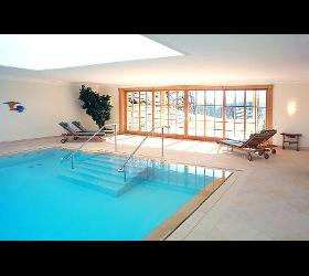 Indoor Schwimmbäder