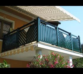 Terrassen und Balkon-Geländer